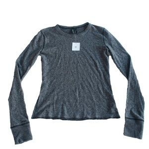 NWT Urban Outfitters Size M Gray Long Sleeve Shirt